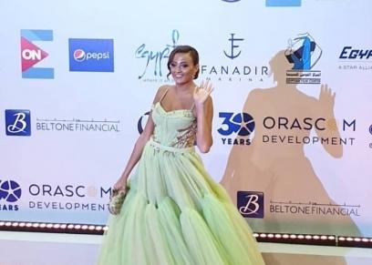 الفنانة  بشرى رزة خلال مشاركتها في مهرجان الجونة