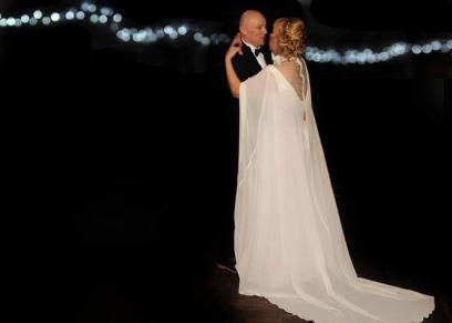 """مفرق الأحباب.. """"كورونا"""" يعزل زوجين على """"أميرة الألماس"""" في شهر العسل"""