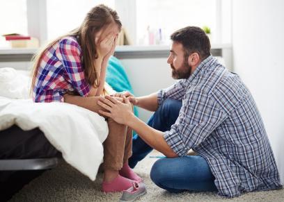 استشاري اسري تؤكد على ضرورة اعتذار الاباء لاطفالهم عند الخطأ
