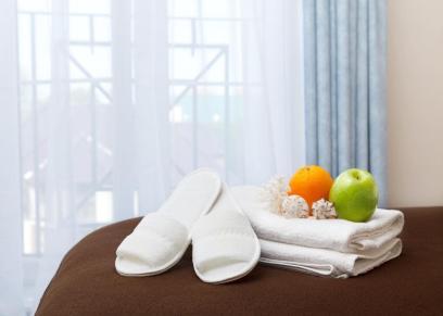 خبير الأتيكيت يكشف عن العناصر المجانية التي يمكنك اصطحابها معك إلى المنزل من الفنادق