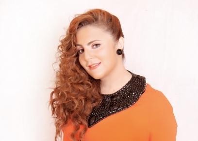 الفنانة رانيا محمود ياسين
