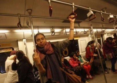 لحمايتهن من الجرائم..وسائل النقل مجانية للنساء في نيو دلهي