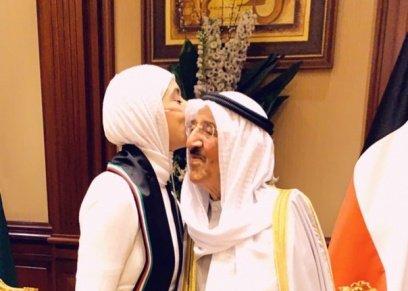 بالصور| محاربة السرطان الشهيرة تلتقي بأمير الكويت: