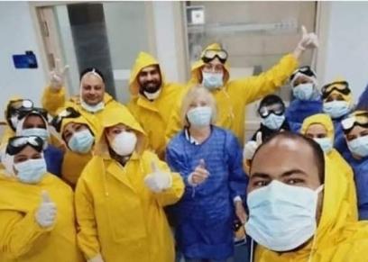 أثناء خدمتهم في مستشفى عزل إسنا