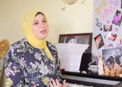 نهلة عازفة بيانو من عمر عامين ونصف: أحلم بالعزف مع ياني