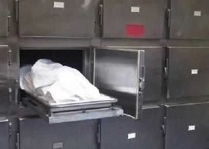 رجل يقتل زوجته - صورة أرشيفية