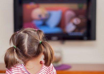 دراسة: قضاء الأطفال أكثر من ساعة أمام الهواتف تؤدي لمشاكل نفسية