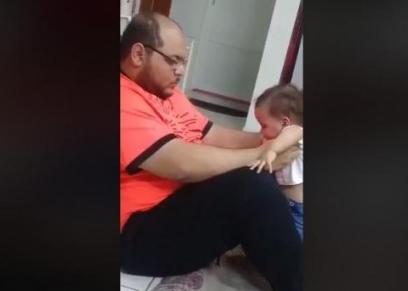 تعذيب طفلة على يد والدها