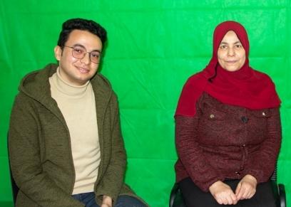 14 عامًا من الكفاح..قصة أرملة ربَّت 3 أطباء بسوهاج: تستحق لقب الأم المثالية
