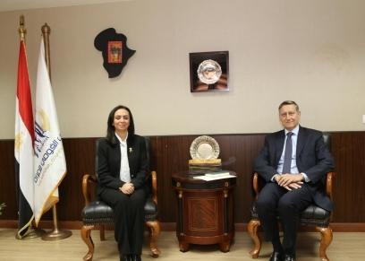 لقاء الدكتورة مايا مرسي وسفير ألمانيا في القاهرة