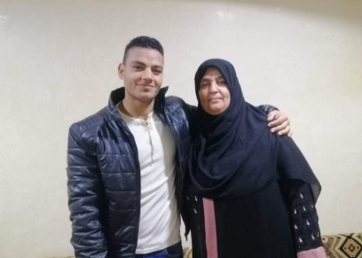 الشاب الذي انقذ الطفل ووالدته