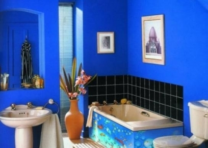 لون الحمامات الأزرق