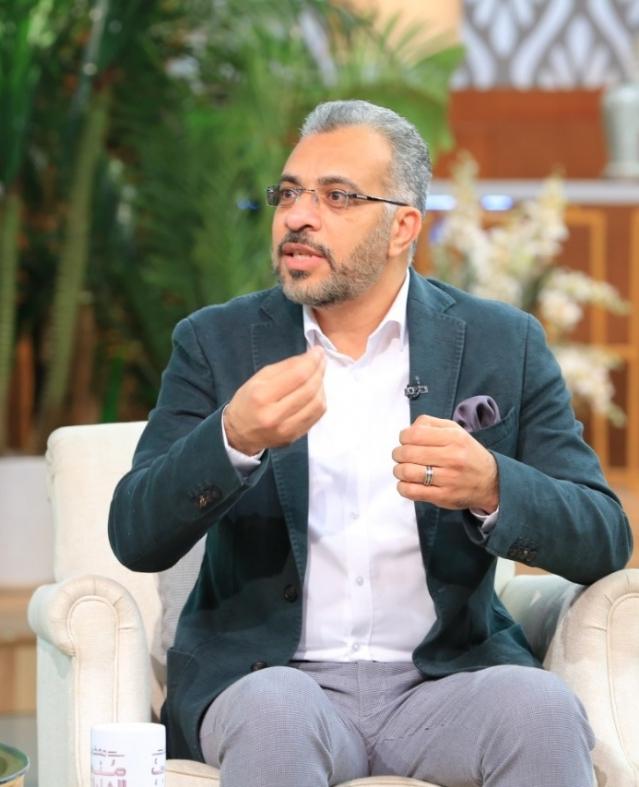 الدكتور محمد طه استشاري الطب النفسي ومؤلف كتاب «ذكر شرقي منقرض»