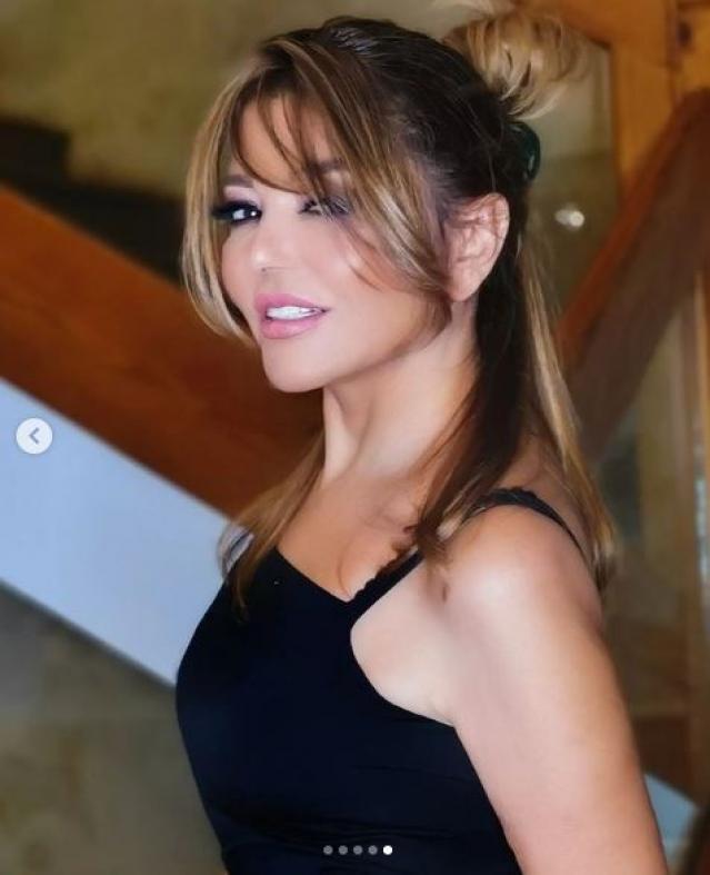 كأنها شابة في الـ 20.. أحدث ظهور للفنانة سميرة سعيد