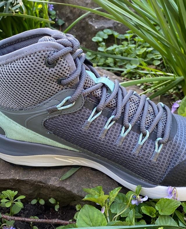 أفضل أحذية المشي لمسافات طويلة للسيدات