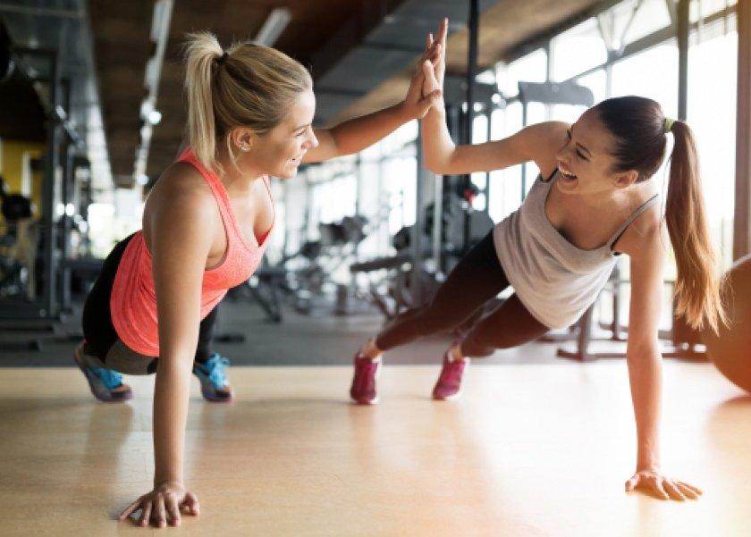 a8bde74bc هن   أطباء يؤكدون: عدم تغير النساء لملابسهن بعد التمارين الرياضية ...