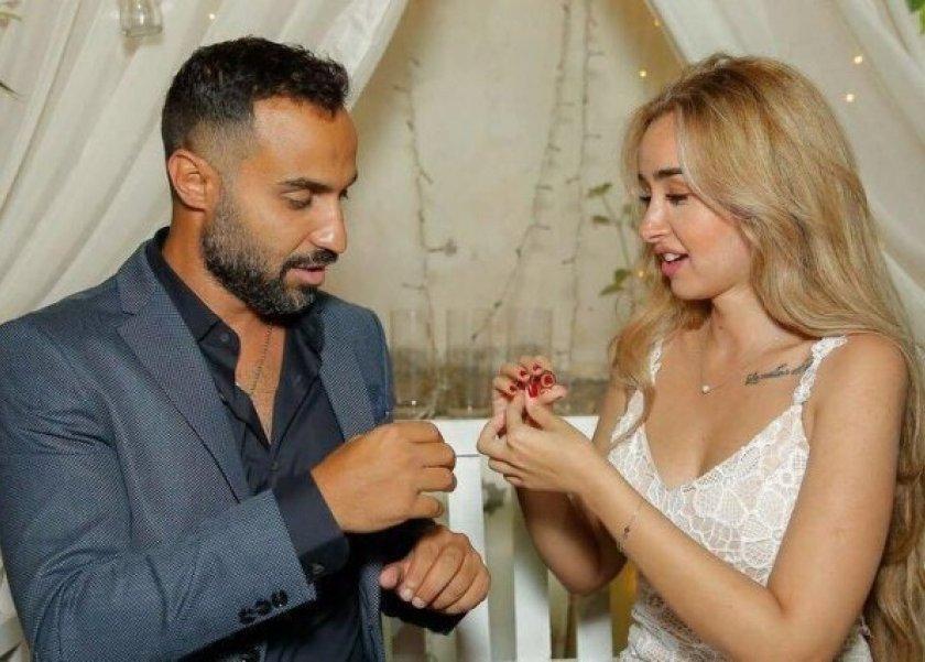 أحمد فهمي - هنا الزاهد