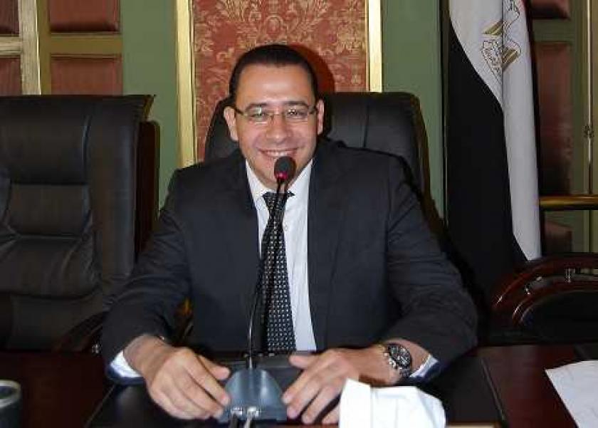 الكتور عمرو حسن