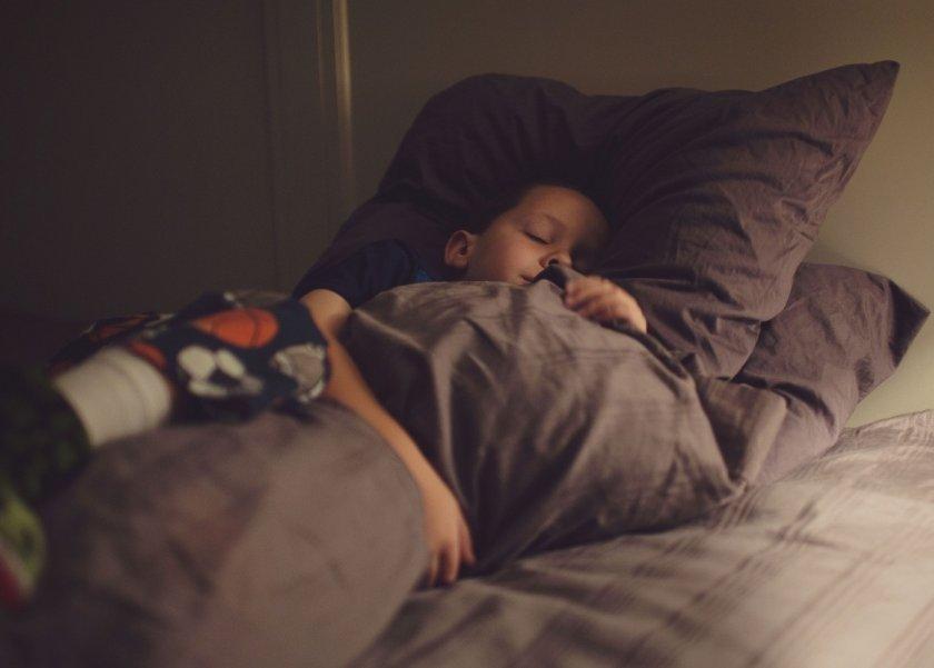 نصائح مهمه ليحصل طفلك على نوم هادئ