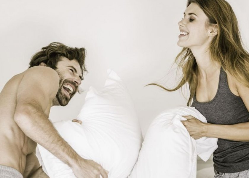 دراسة حديثة.. الفكاهة والضحك جزء أساسي من بناء علاقة زوجية ناجحة.