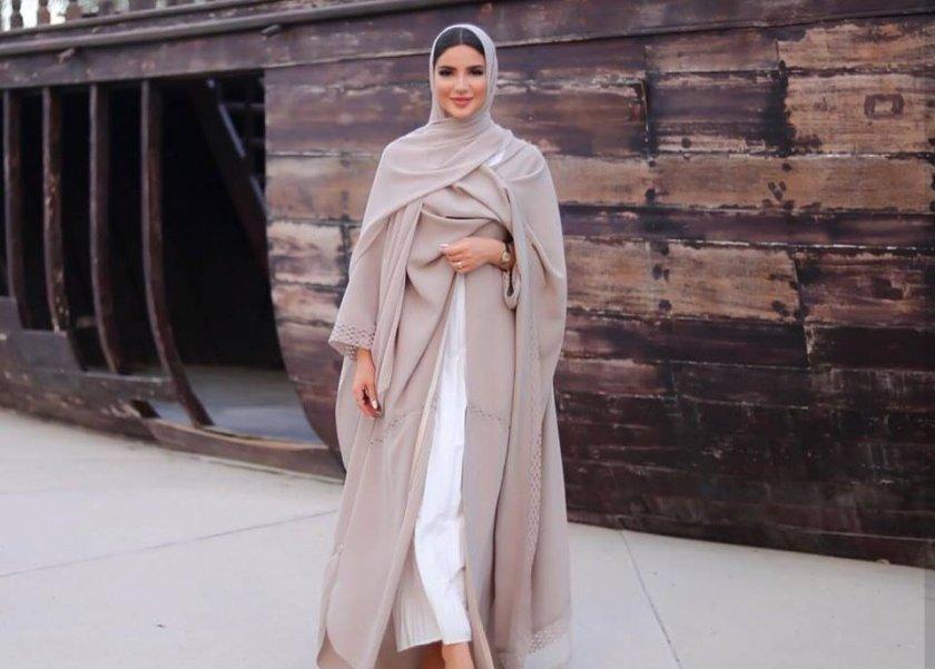 92f0a0f197072 بالصور أحدث إطلالات مدونة الموضة فاطمة حسام فضفاضة وأنيقة - المرأة