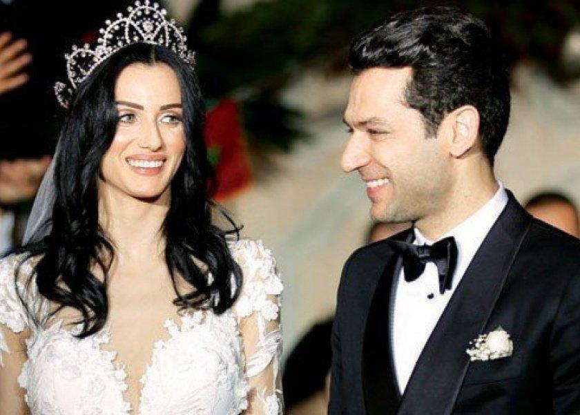 مراد يلدريم وزوجته