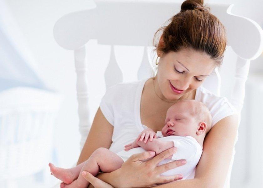 دراسة: علاقة الأم بطفلها تتأثر إذا لم تربطهما علاقة جنينية