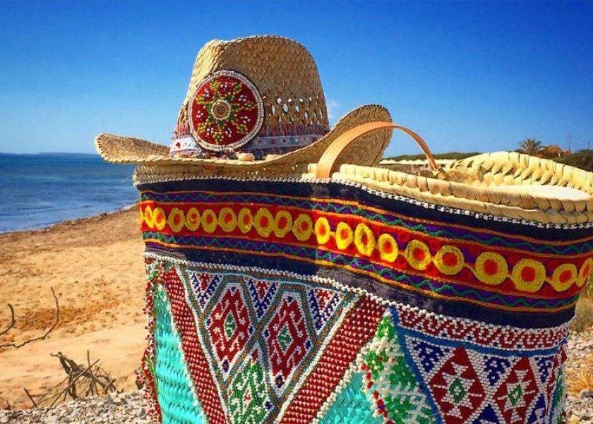 موضة الحقائب الخوص لهذا الصيف