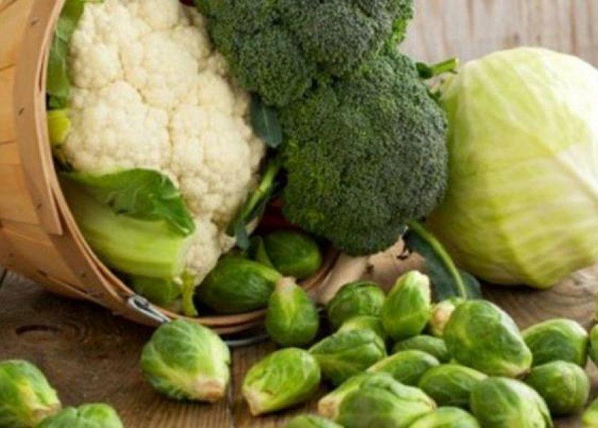 البروكلي والكرنب.. أطعمة تقي من سرطان القولون