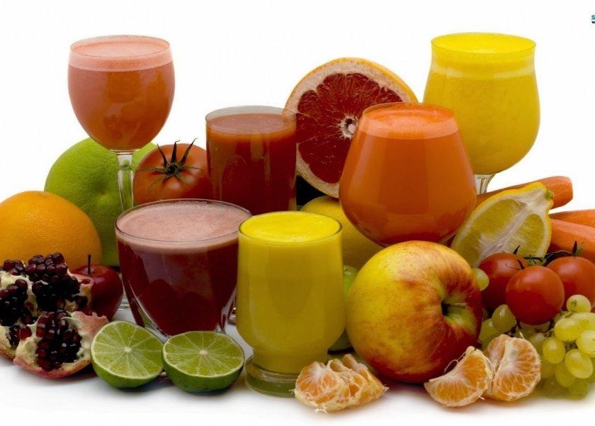 تقرير يوضح أيهما أكثر فائدة شرب العصائر أم تناول الفاكهة