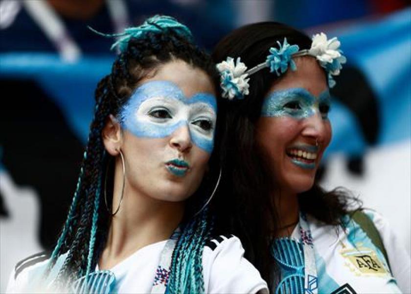 مشجعات الأرجنتين