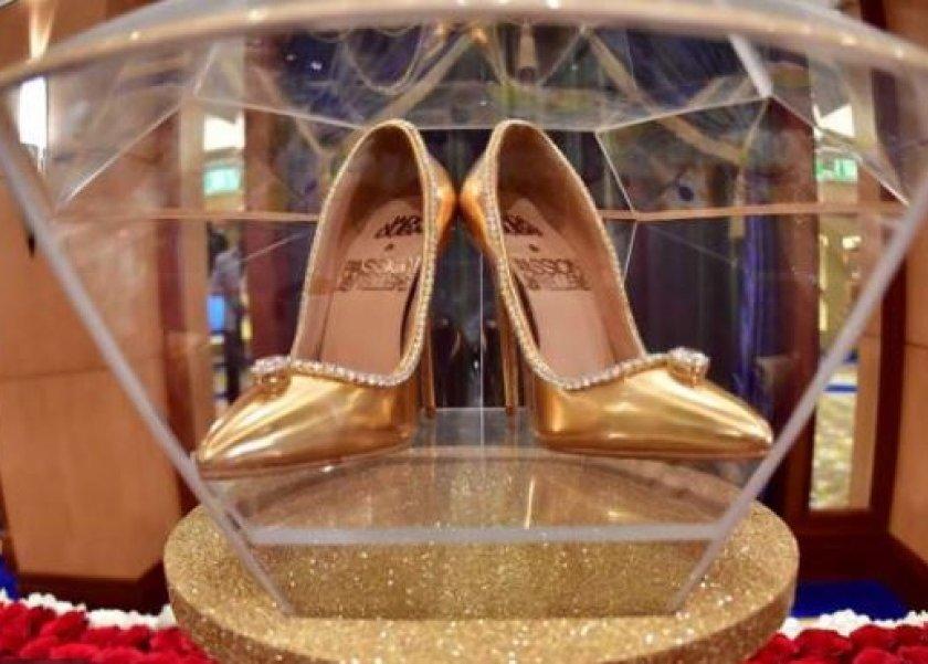 7f2b76514 أغلى حذاء في العالم يحتوي على 236 ماسة وسعره 236 مليون جنيه - المرأة