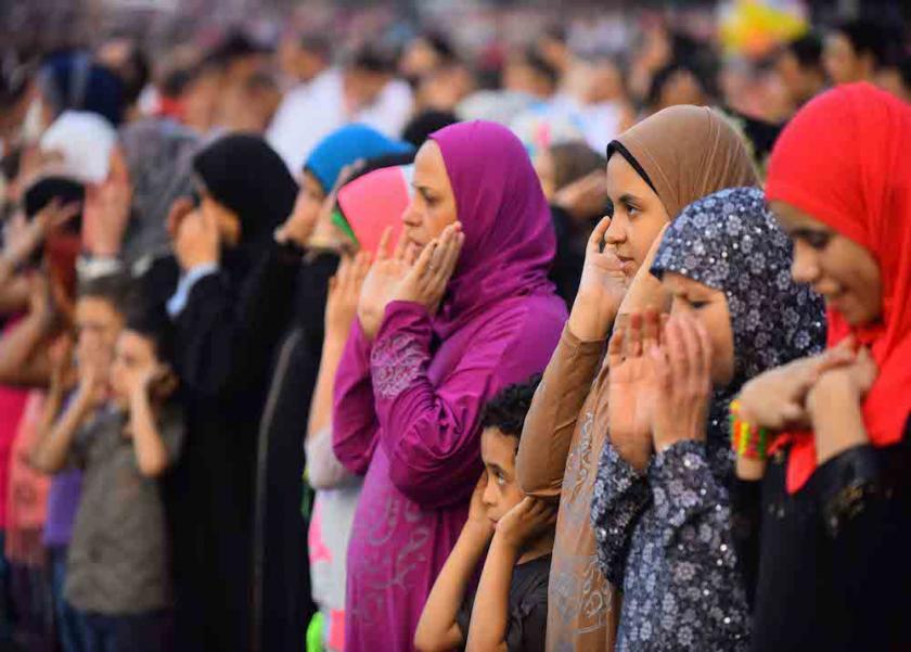 حكم خروج المرأة الحائض لصلاة العيد