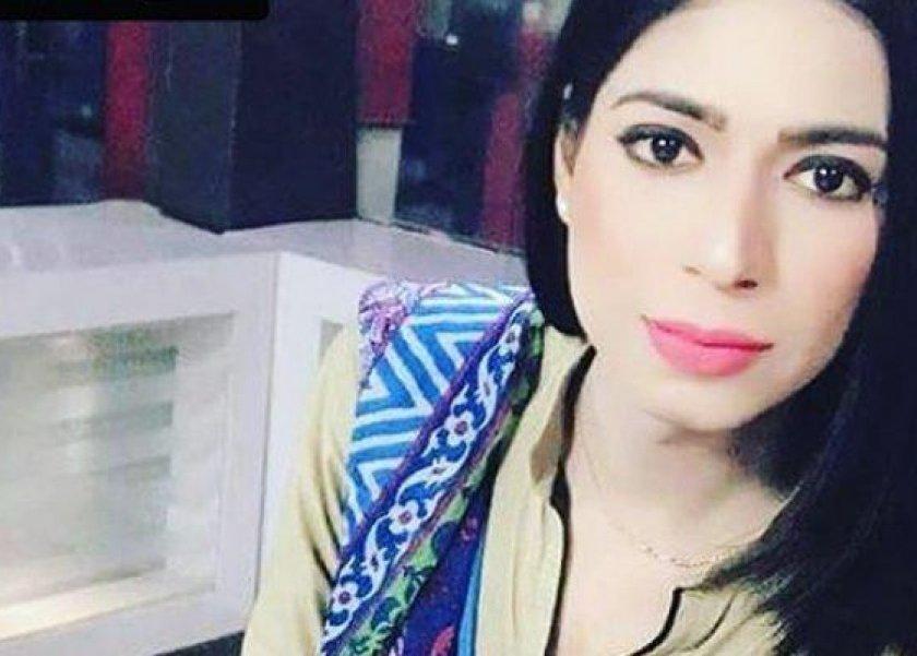 05fcf376e9853 بالفيديو تفاصيل ظهور أول مذيعة متحولة جنسيا على التلفزيون الباكستاني ...