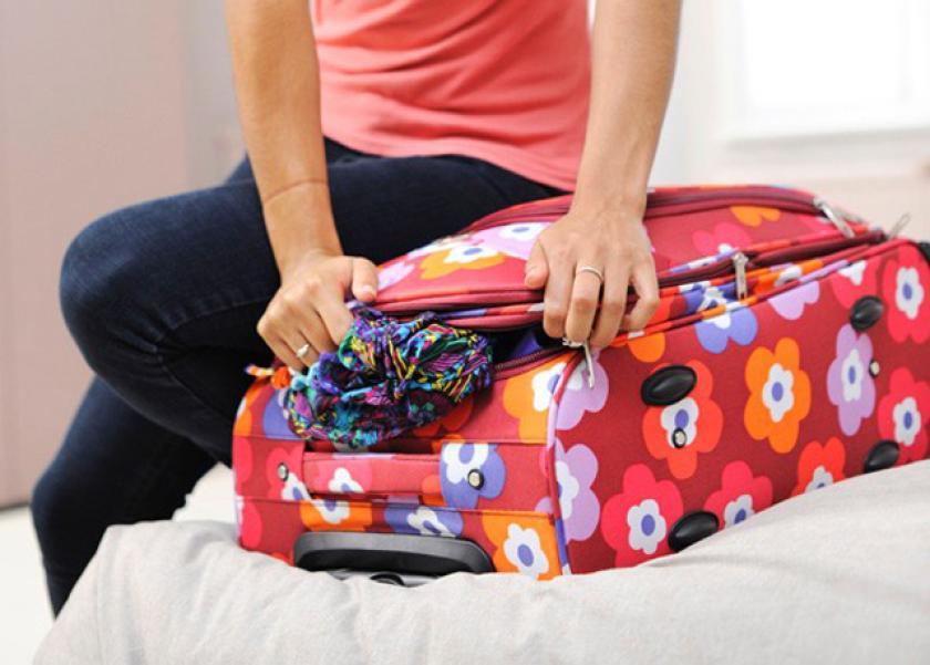 3626103f8a3c6 احذري وضع الادوية في حقيبة السفر