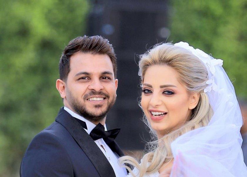 في الصباحية..  الثانئي رشاد ومي يتبادلان نشر صور حفل زفافهم