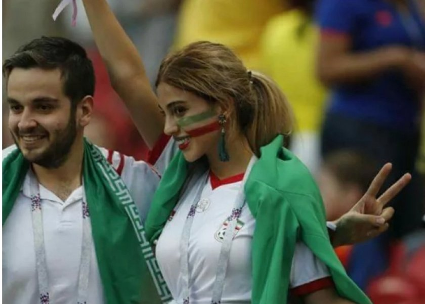 المشجعة الإيرانية