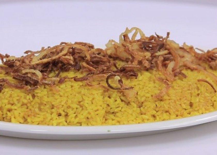 الأرز بالبصل