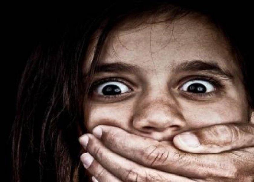 حنان في دعوي طلاق : زوجي