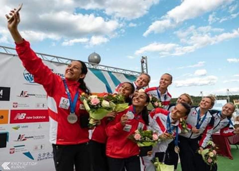 مايا مرسى تهنأ منتخب مصر لشابات الخماسى لحصولهما على الميدالية الفضية ببطولة العالم