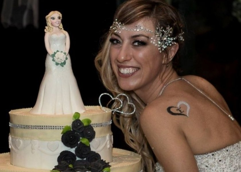 """إيطالية تتزوج نفسها وتقضي شهر العسل في مصر: """"سعادتي لا تعتمد على رجل"""""""