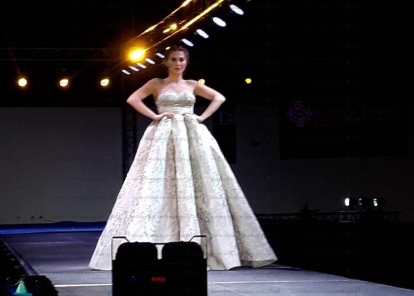 d53d12f11 بالصور مصمم الأزياء السوري عمر محفوظ في Middle East Fashion بفساتين ...