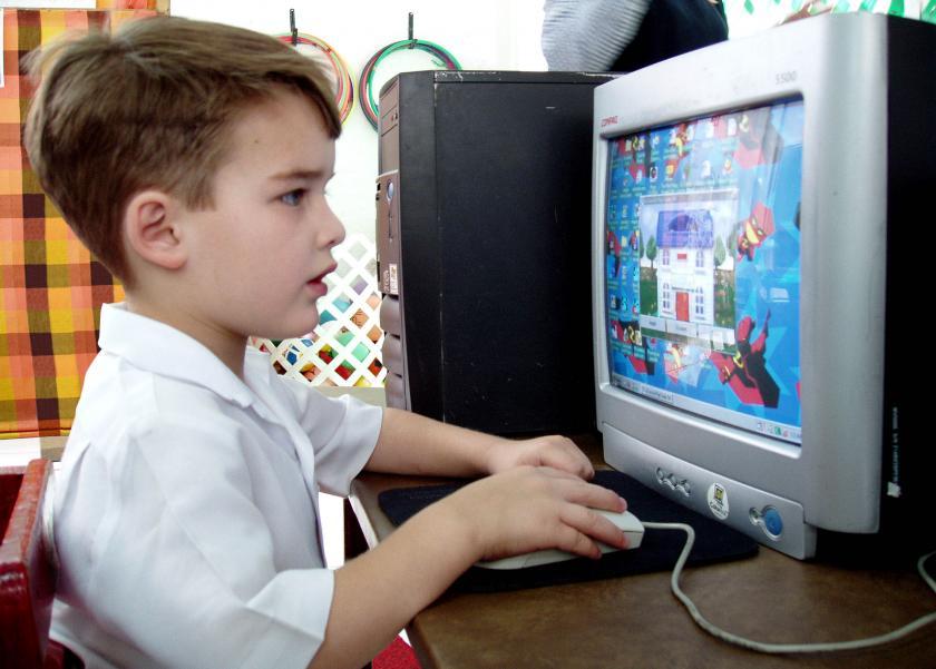 خبيرة علم نفس: بعض البرامج الرمضانية تعزز التنمر لدى الأطفال