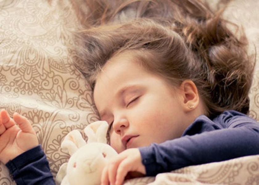 غلق أبواب غرف الأطفال أثناء النوم يجنبهم من كارثة