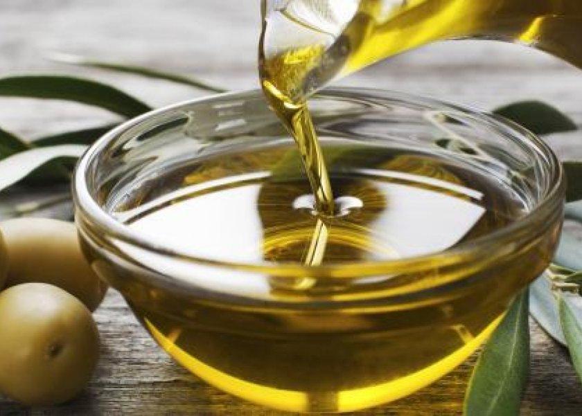 5 فوائد لتناول زيت الزيتون أبرزهم الوقاية من السرطان