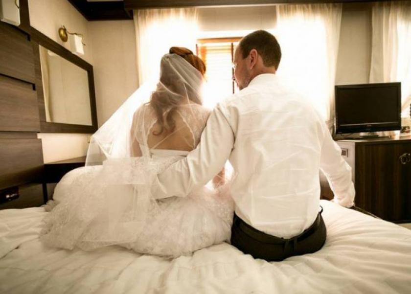 طلاق بسبب الدورة الشهرية يوم حفل الزفاف