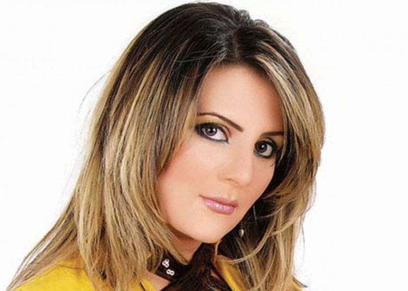 رانيا ياسين عن خلع والدتها الحجاب: