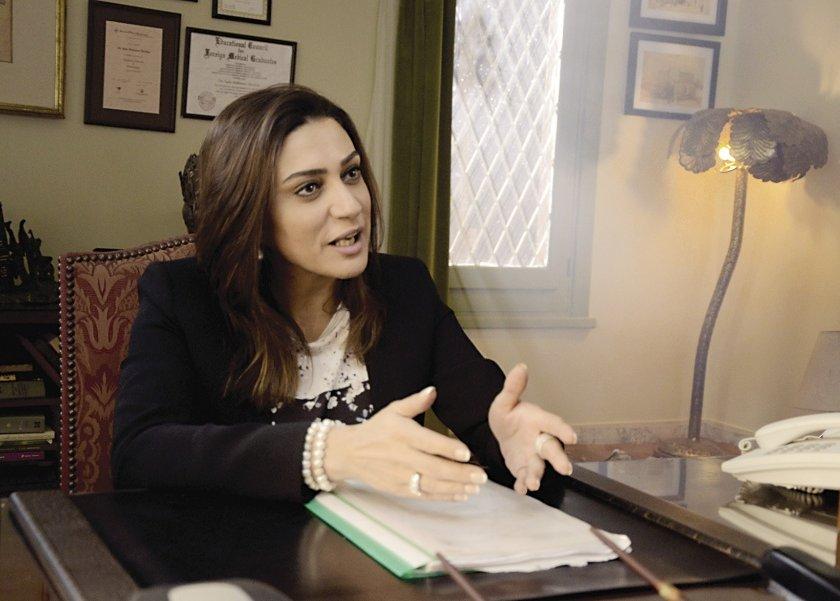 وفاء صادق - أرشيفية