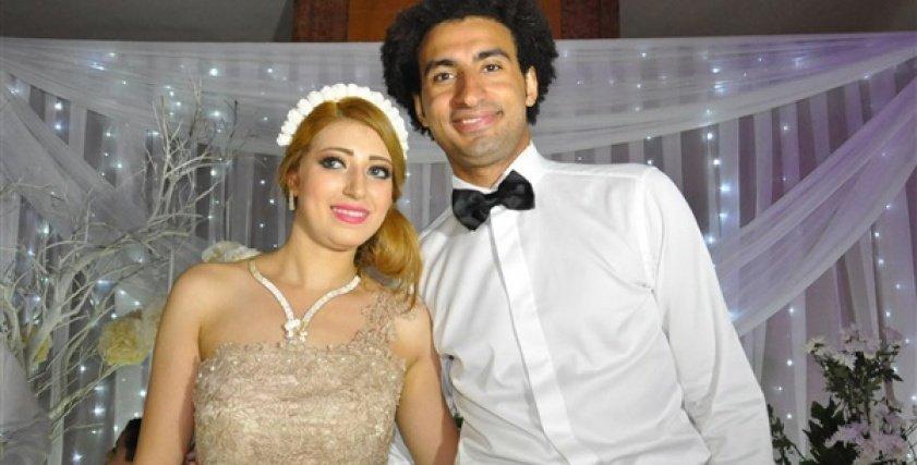 بالفيديو| بعد الخلافات.. قصة حب على ربيع وندا محمود