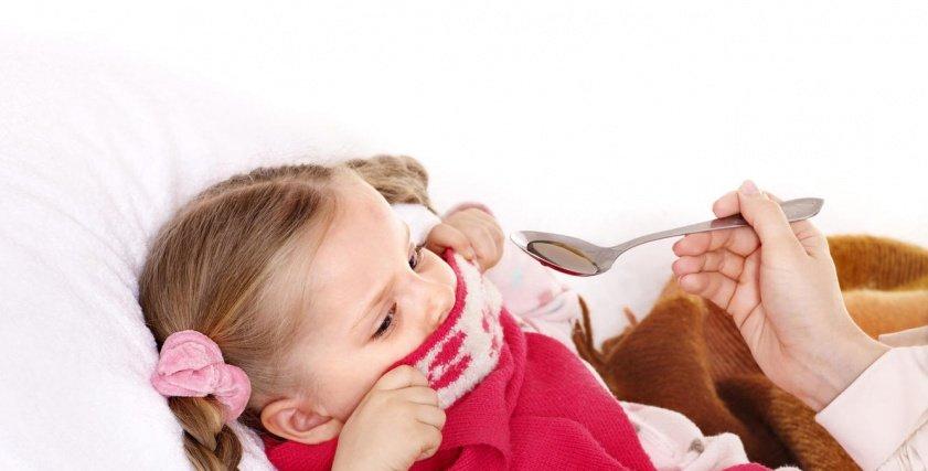 طفلة مصابة بالإنفلونزا